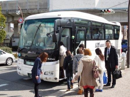 バス出発(尼).jpg